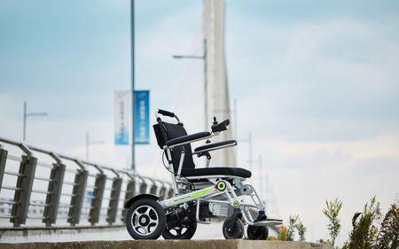 Elektryczny wózek inwalidzki Airwheel H3T+GPS (14)