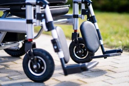 Elektryczny wózek inwalidzki Holding Hands A2+GPS (13)
